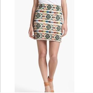 Willow & Clay Embroidered skirt size L NWT